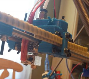 DIY 3D printer belts attached to the extruder